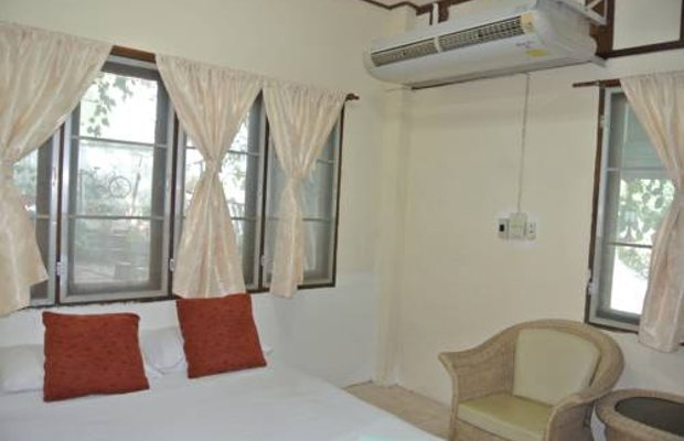 фото The Old Place Guesthouse 677148500