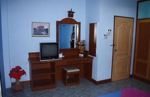 фото Poonsiri Apartment 677155597