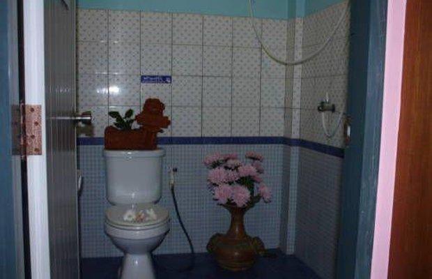 фото Poonsiri Apartment 677155598