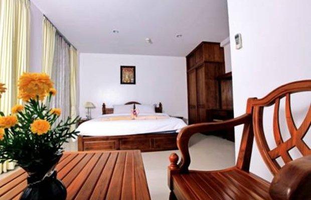 фото Phromcharoen Hotel 677200425
