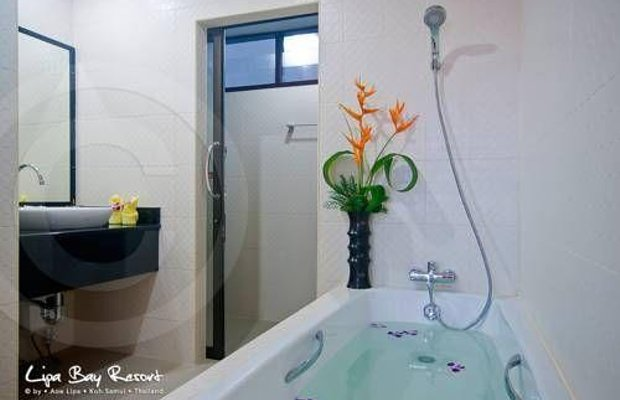 фото Lipa Bay Resort 677205841