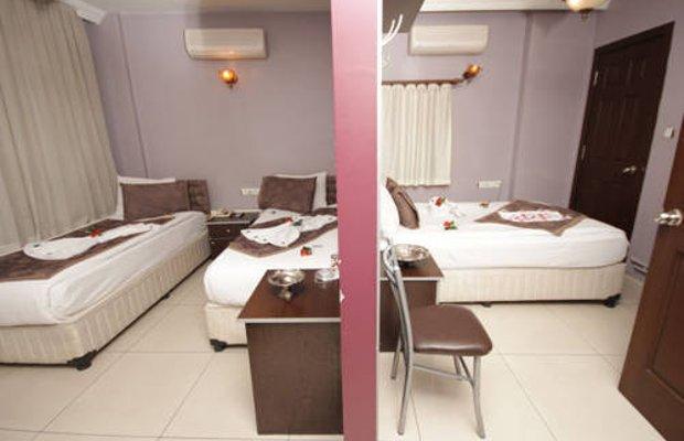 фото Deluxe Hotel 677240470