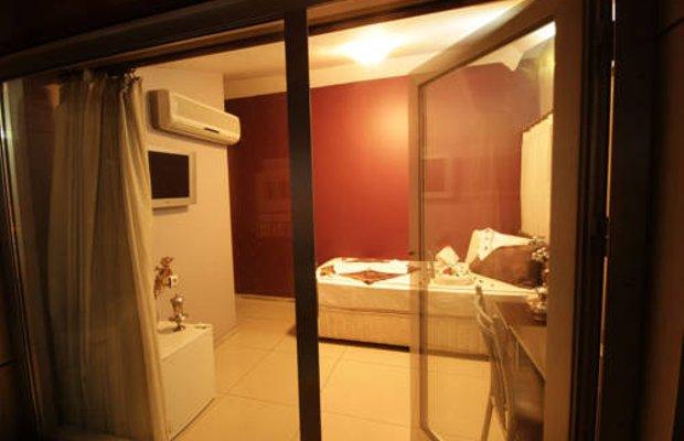 фото Deluxe Hotel 677240472