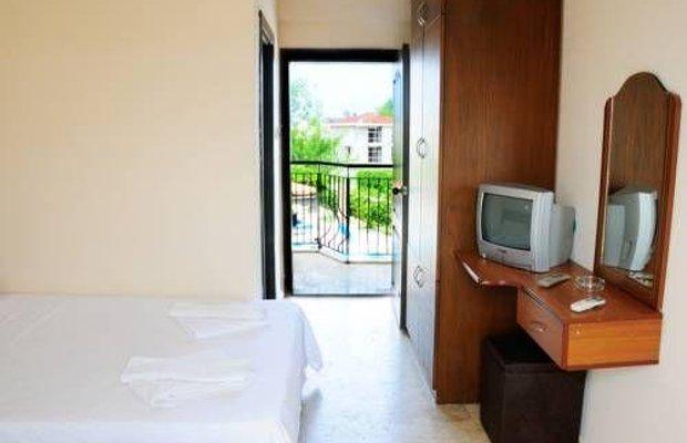 фото Las Palmeras Hotel 677242824