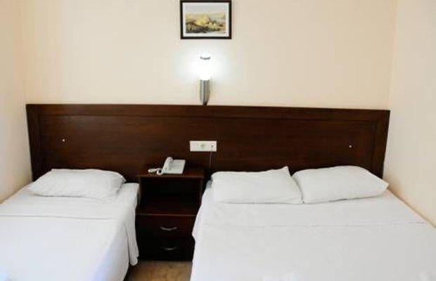 фото Las Palmeras Hotel 677242825