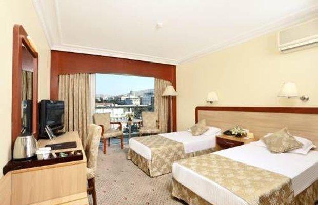 фото Izmir Palas Hotel 677247950