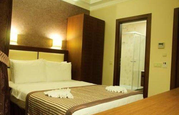 фото Aristocrat Hotel 677263718
