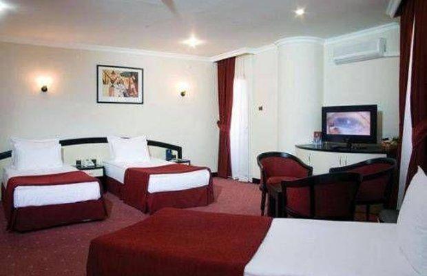 фото Saffron Hotel 677294106