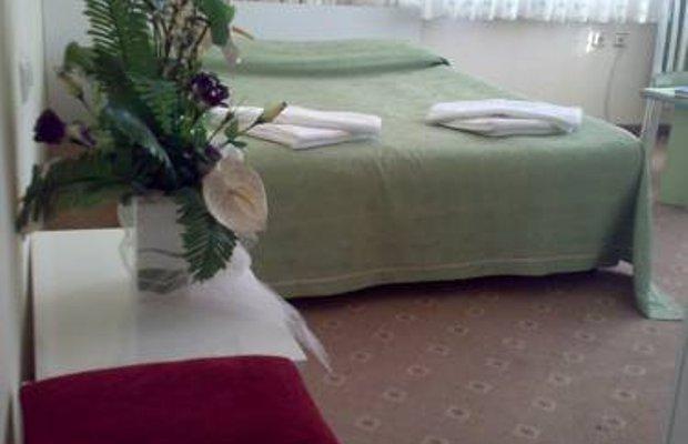 фото Kroisos Lake Resort Hotel 677295183