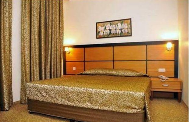 фото Ceres Hotel 677308056