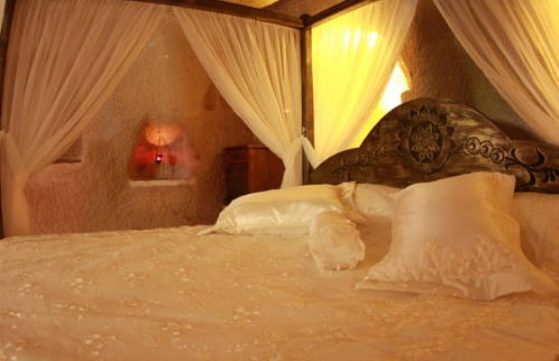 фото Stone Age Cave Hotel 677311657