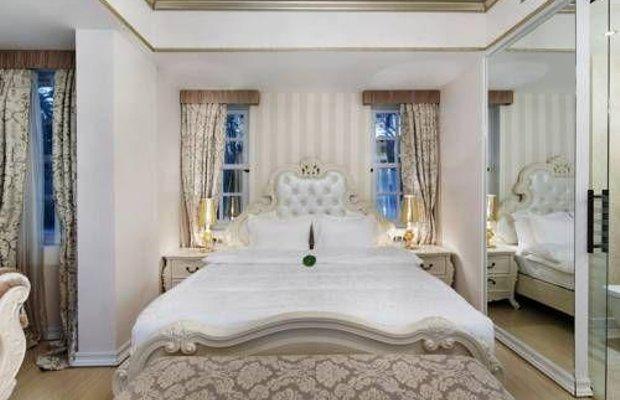 фото Elegance East Hotel 677315579