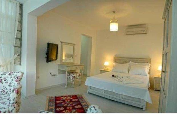 фото Tinas Hotel 677323803