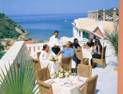 Vasilikos hotels with restaurants