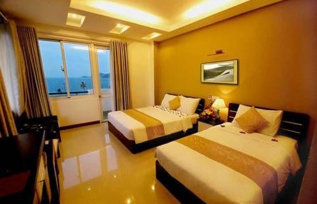 фото Happy Light Hotel 677738152