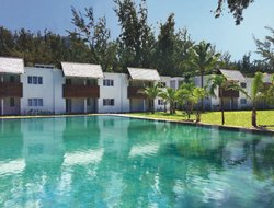 Mauritius hotels with lake view