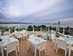 Istanbul hotels with sea view