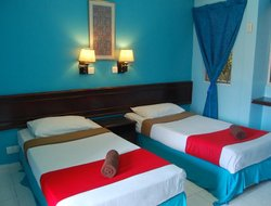 Air Keruh hotels with swimming pool