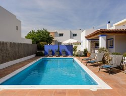 Pets-friendly hotels in Talamanca