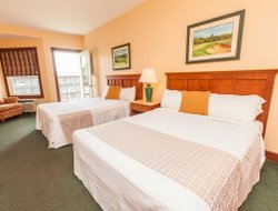 Prince Edward Island hotels with swimming pool