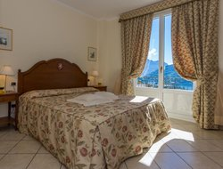 Tremezzo hotels with lake view