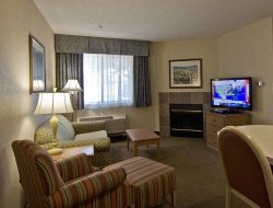 Chillicothe hotels with restaurants