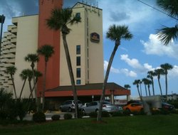 New Smyrna Beach hotels with swimming pool