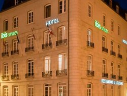 Bayonne hotels with restaurants