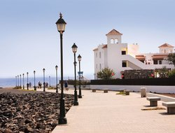 Caleta de Fuste hotels with sea view