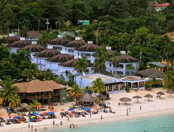 Negril hotels for families with children