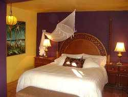 Todos Santos hotels with swimming pool