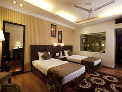 Jammu hotels with swimming pool