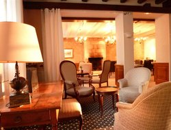 Top-5 hotels in the center of Azay-le-Rideau