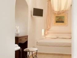 Fira hotels with sea view
