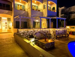 Top-5 hotels in the center of Skala
