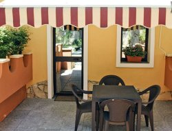 Agnone Bagni hotels with restaurants