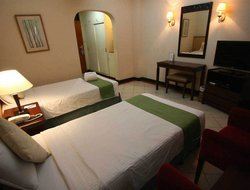 Cavite hotels with restaurants