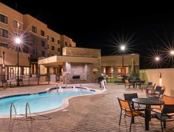 Jacksonville hotels with swimming pool
