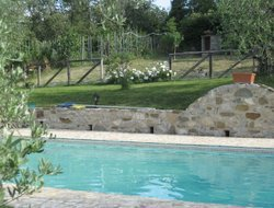 Gaiole in Chianti hotels with swimming pool