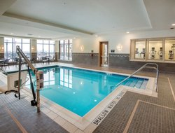 Robinson Township hotels with swimming pool