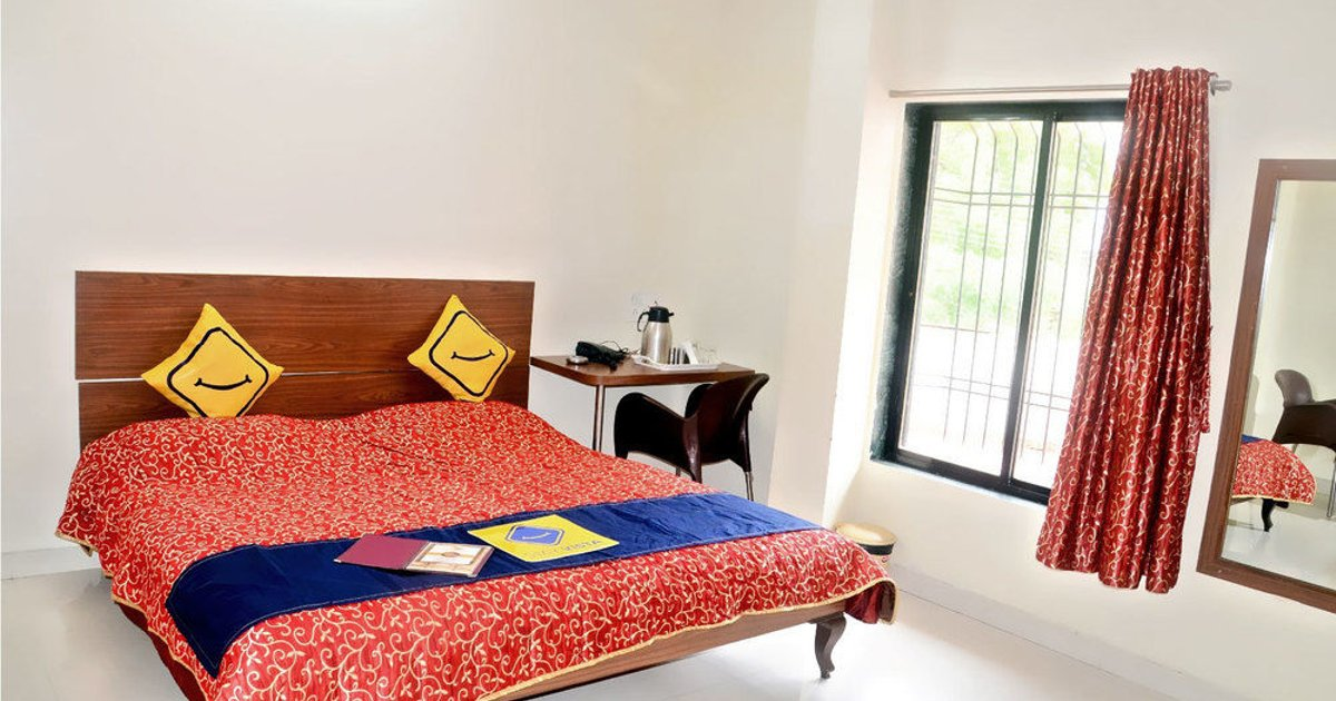 Vista Rooms At Dr Bhapkar Marg
