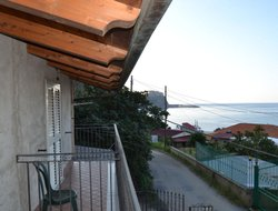Scilla hotels with sea view