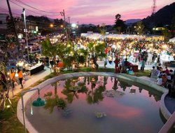 Phuket Town hotels with restaurants
