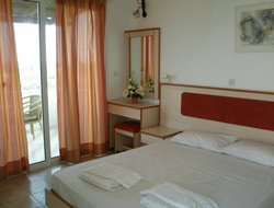 Pets-friendly hotels in Alikanas