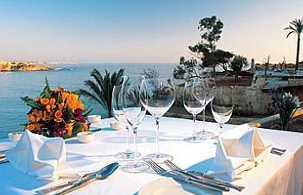 фото Coral Beach Hotel and Resort 685996513