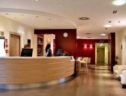 Ferrara hotels with restaurants