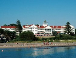 Kennebunkport hotels with restaurants