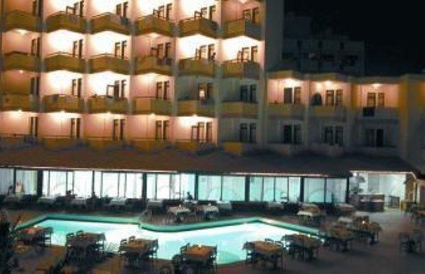 фото Grand Atilla Hotel 686385971