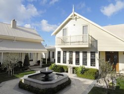 Apollo Bay hotels with sea view