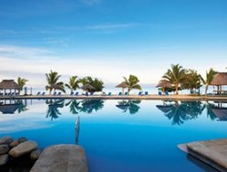 Fiji hotels for families with children